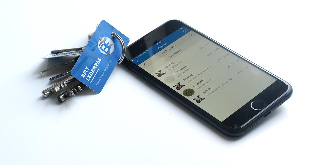 Bfit sleutelhangertag en app voor online inschrijven